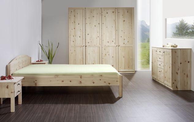 Bett Zirbe Aus Holzkirchen, Ein Traum Für Jeden Schlaf. Loferer ... Schlafzimmer Zirbenholz