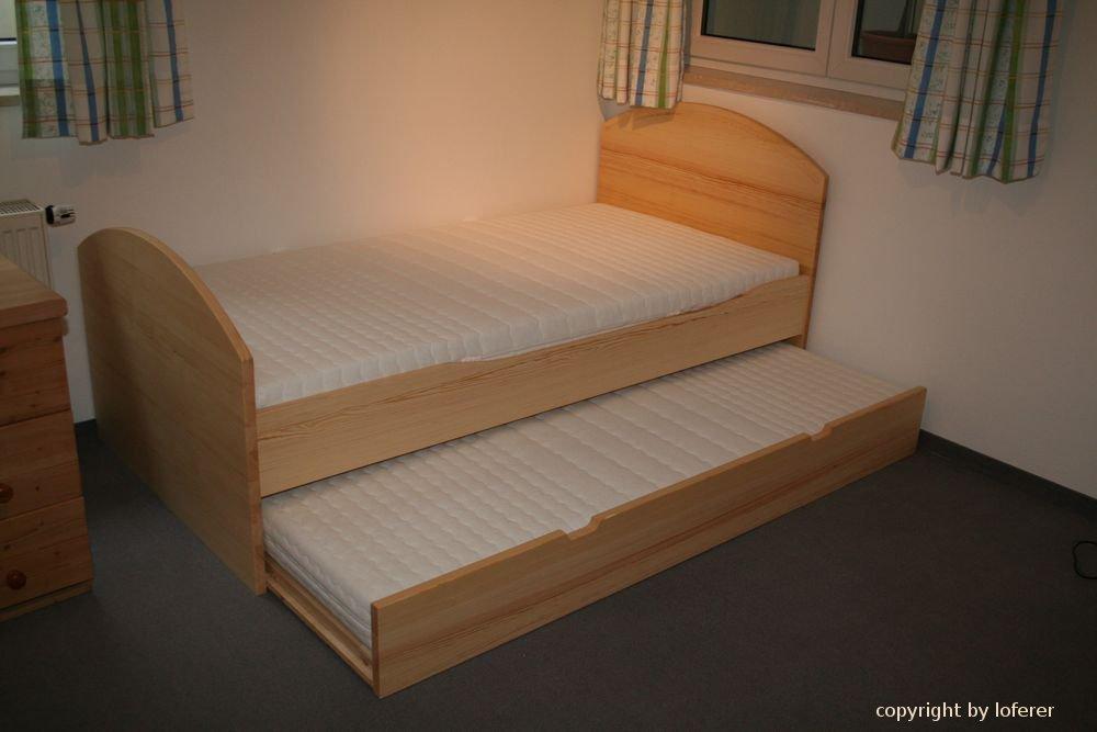betten holzkirchen von der schreinerei loferer bei m nchen. Black Bedroom Furniture Sets. Home Design Ideas