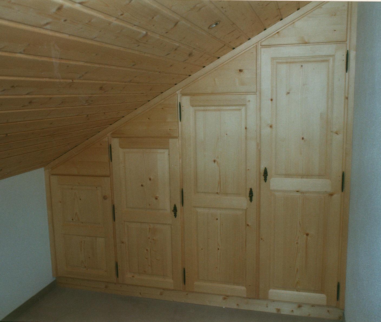 Schlafzimmer schrank unter dachschräge ~ Schrank in Dachschräge 3 ...