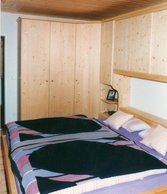 schlafzimmer fichte von der schreinerei loferer aus holzkirchen bei m nchen. Black Bedroom Furniture Sets. Home Design Ideas