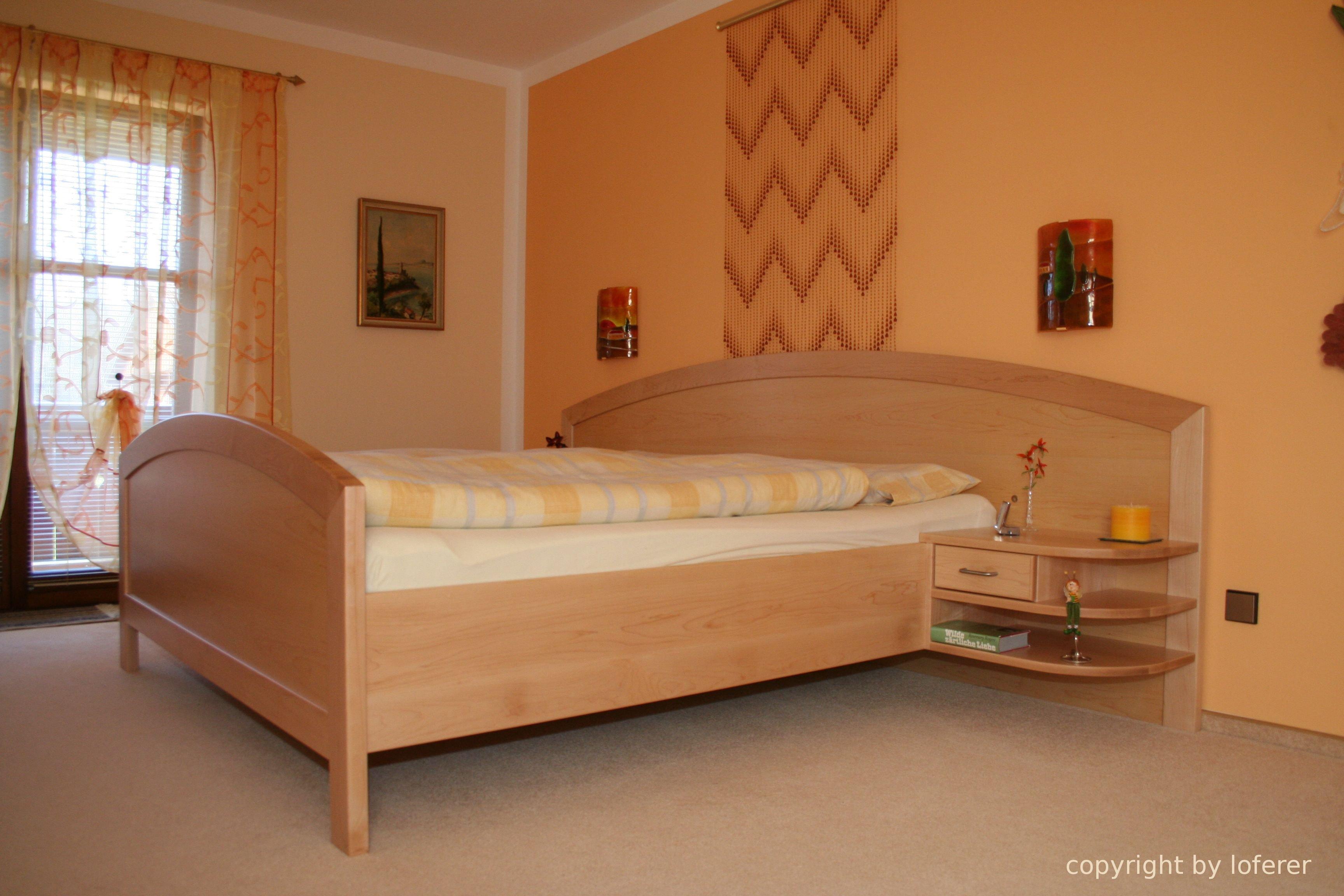 Schlafzimmer Bett canadischer Ahorn