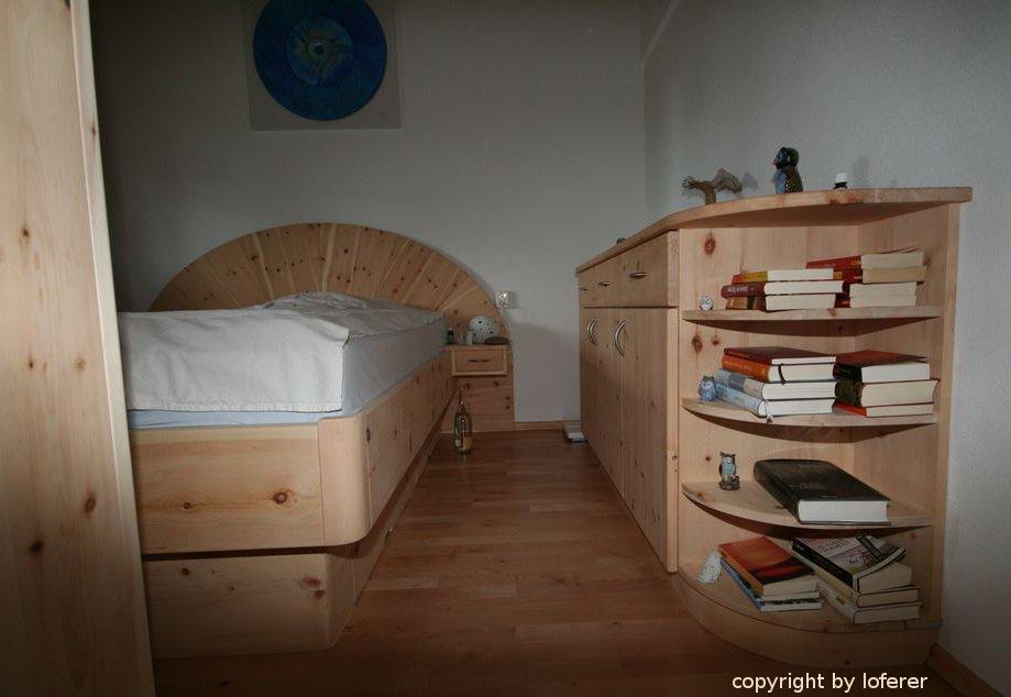 Schlafzimmer Zirbenholz Schliersee, Komplette Schlafzimmer Aus ... Schlafzimmer Zirbe