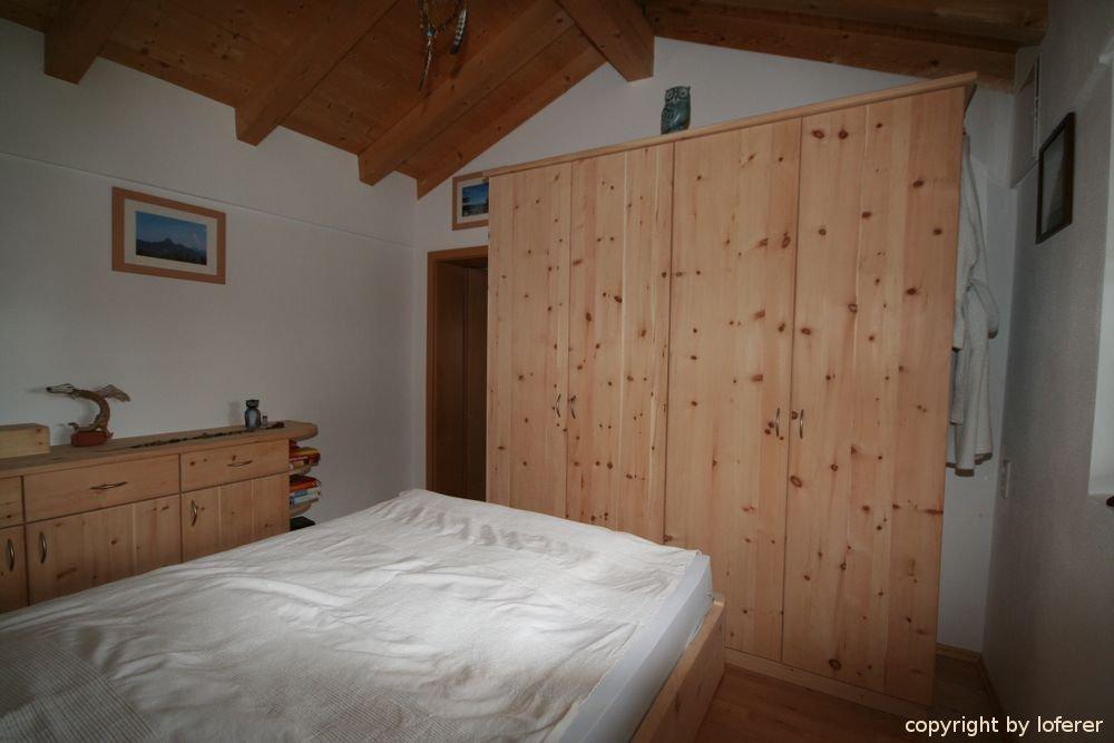 Schlafzimmer Zirbenholz Schliersee, komplette Schlafzimmer aus Zirbenholz vom Profi!