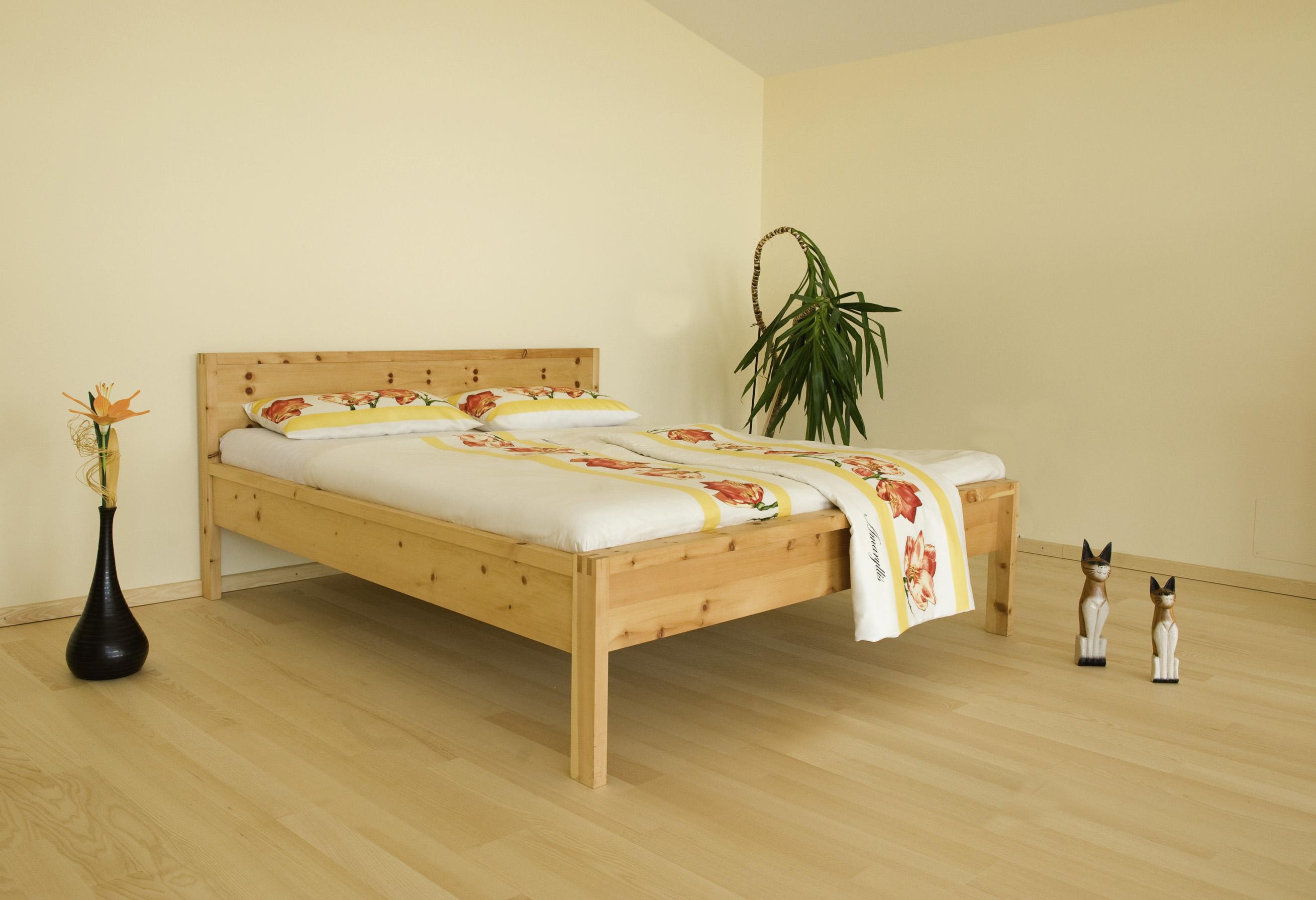 betten zirbe von der schreinerei loferer aus holzkirchen bei m nchen. Black Bedroom Furniture Sets. Home Design Ideas