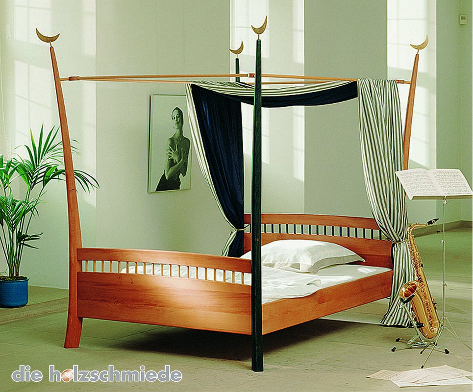 bett phantasie bei schreinerei loferer aus holzkirchen. Black Bedroom Furniture Sets. Home Design Ideas