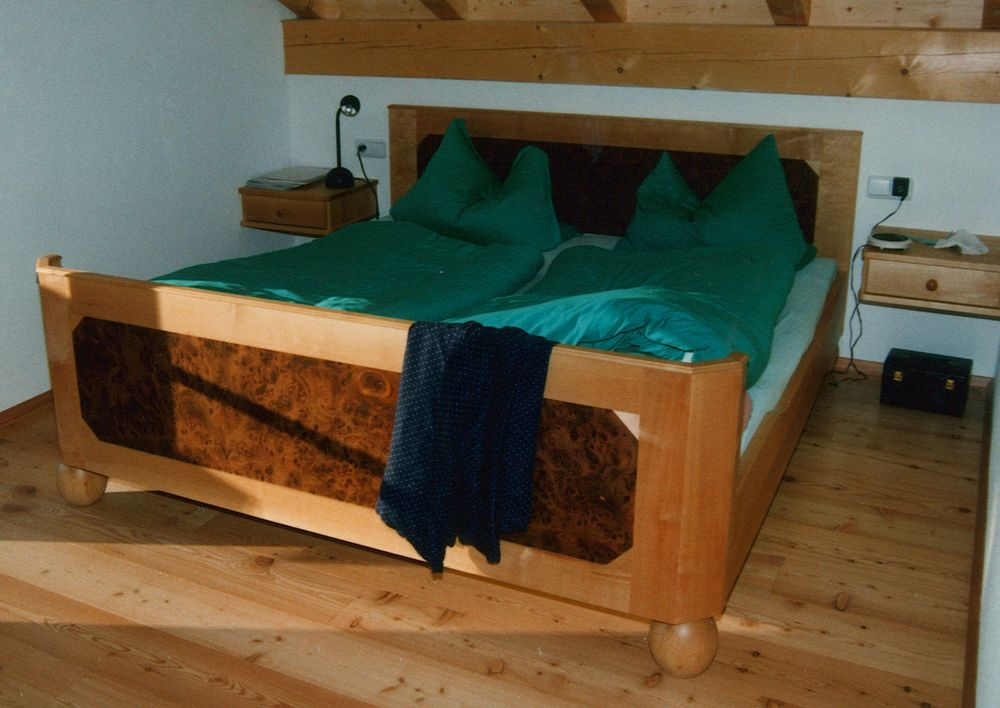 betten birke von der schreinerei loferer in holzkirchen bei m nchen. Black Bedroom Furniture Sets. Home Design Ideas