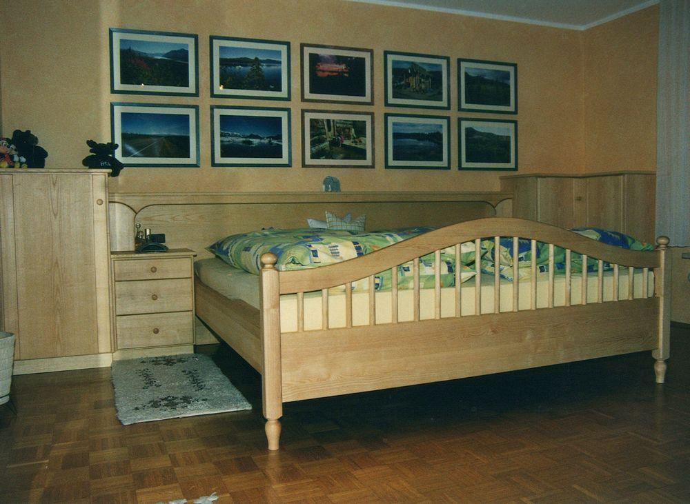 Schlafzimmer in Esche