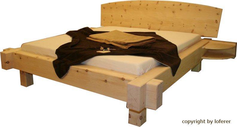 Balkenbett Zirbelkiefer mit seitlichen Ablagen